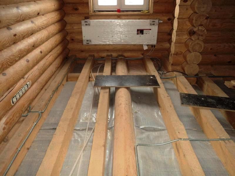 1 Как провести электропроводку в деревянном доме?