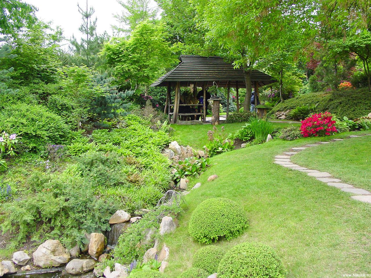 j2 Японский сад – чарующая скромность