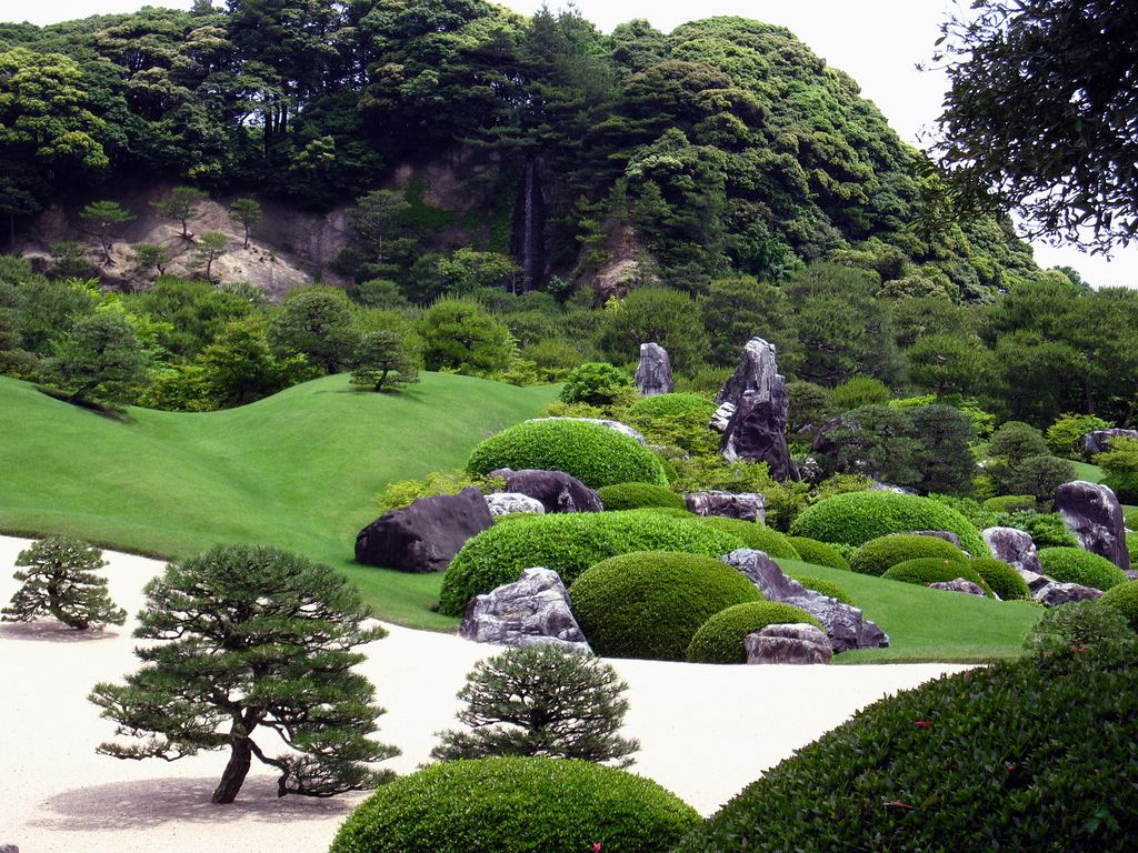 j3 Японский сад – чарующая скромность