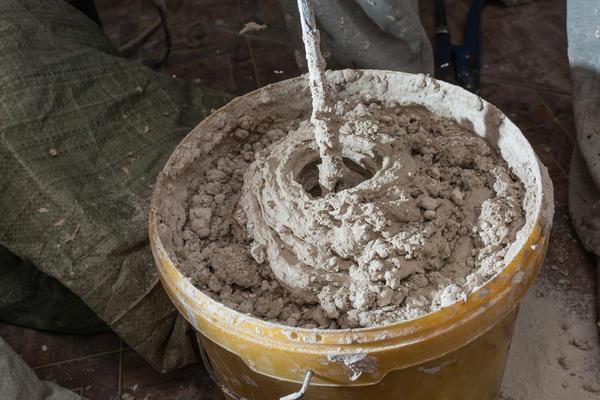 Stirring mortar using drills
