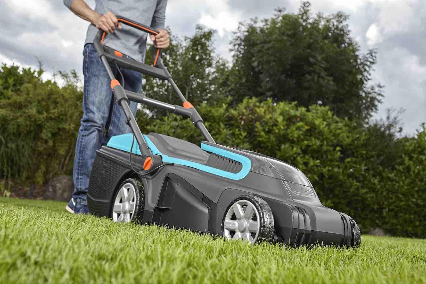1 Покупаем газонокосилку: кому подойдет модель на аккумуляторе?