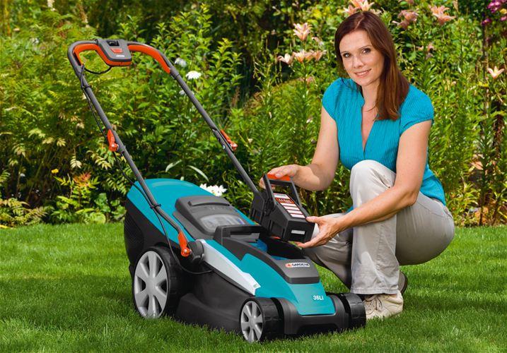 2 Покупаем газонокосилку: кому подойдет модель на аккумуляторе?